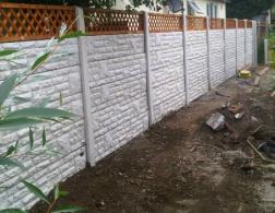 concrete fencing with trellis
